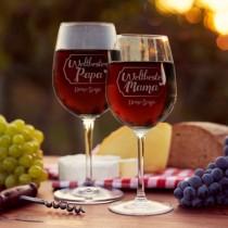 """Weinglas Set """"Weltbeste Mama + Weltbester Papa"""" personaliesiert mit Dein/Deine und dem Namen auf beiden Gläsern"""