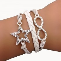 Armband mit Stern und Unendlichkeitszeichen