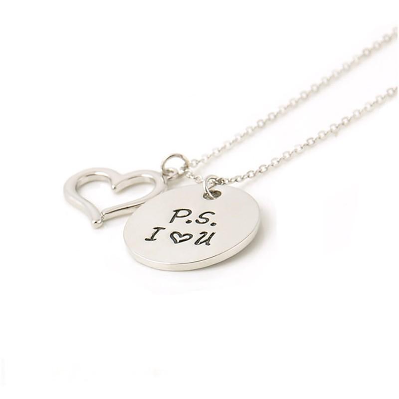 Halskette mit Herz und runder Scheibe - P.S. I LOVE U