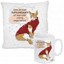 Kissen oder Tasse: Ohne ein paar Katzenhaare ist man nicht richtig eingerichtet!