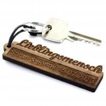Gravur Schlüsselanhänger aus Holz - Modell: Schriftzug