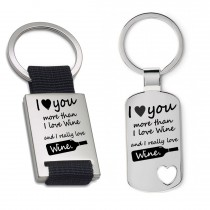 Schlüsselanhänger: I love you more than I love wine
