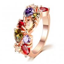 Damenring mit Zirkonia Steinen – goldfarbig