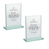 Edler Glaspokal mit Wunschnamen für die Familie
