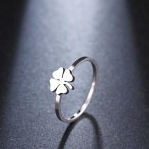 Damenring  Ring mit Kleeblatt